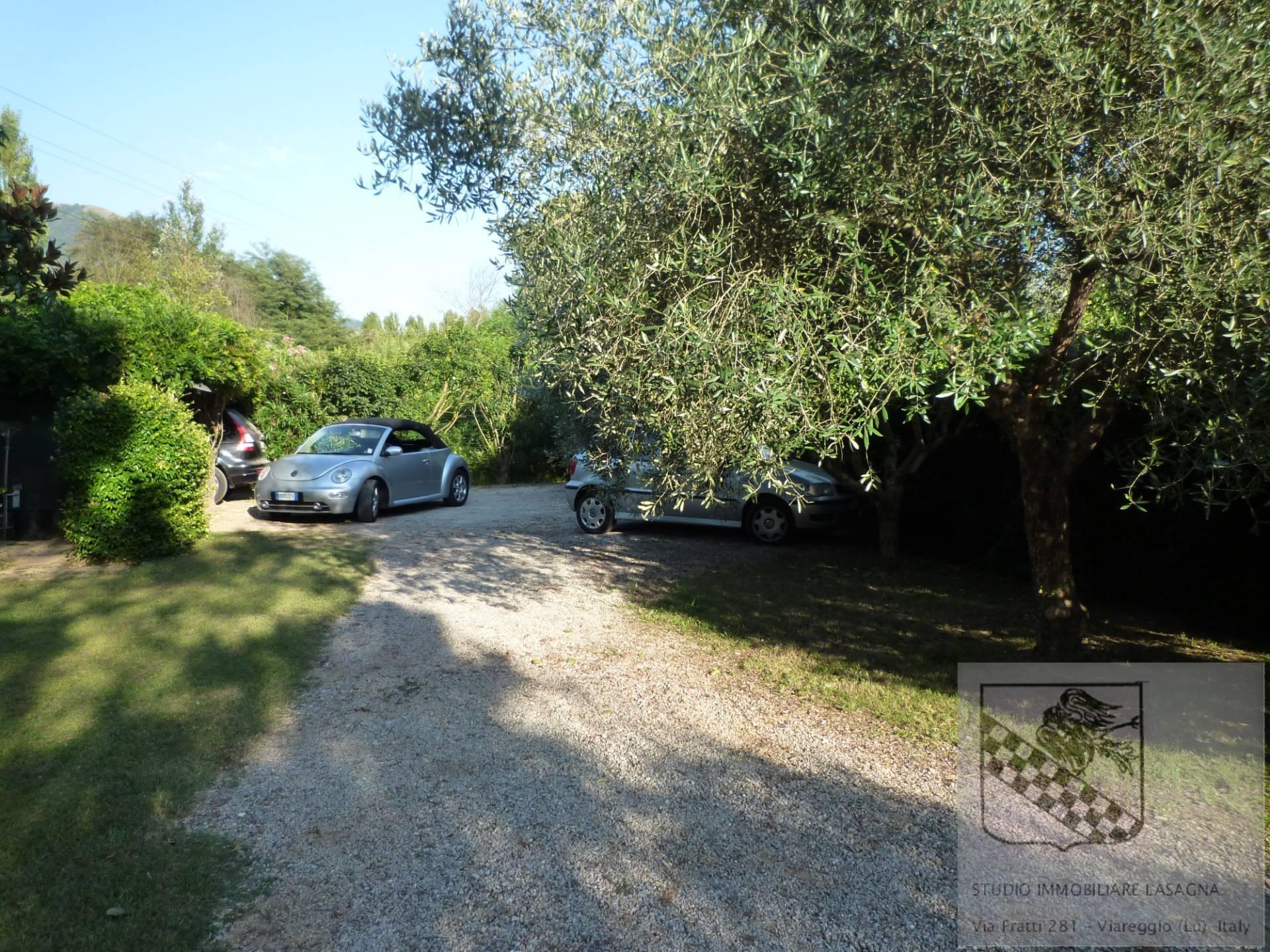 Villa in Vendita a Camaiore: 5 locali, 120 mq - Foto 10
