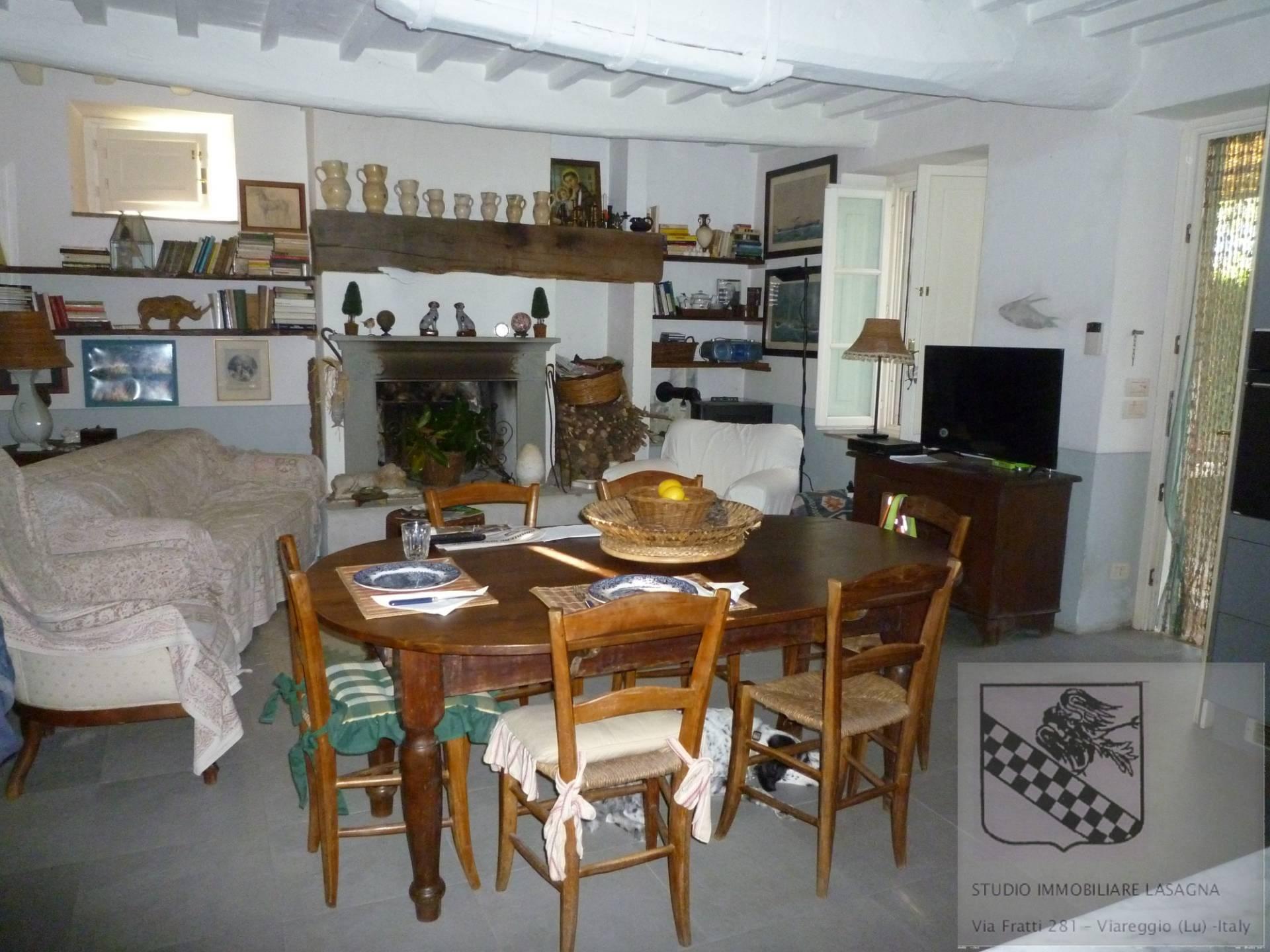 Villa in Vendita a Camaiore: 5 locali, 120 mq - Foto 11