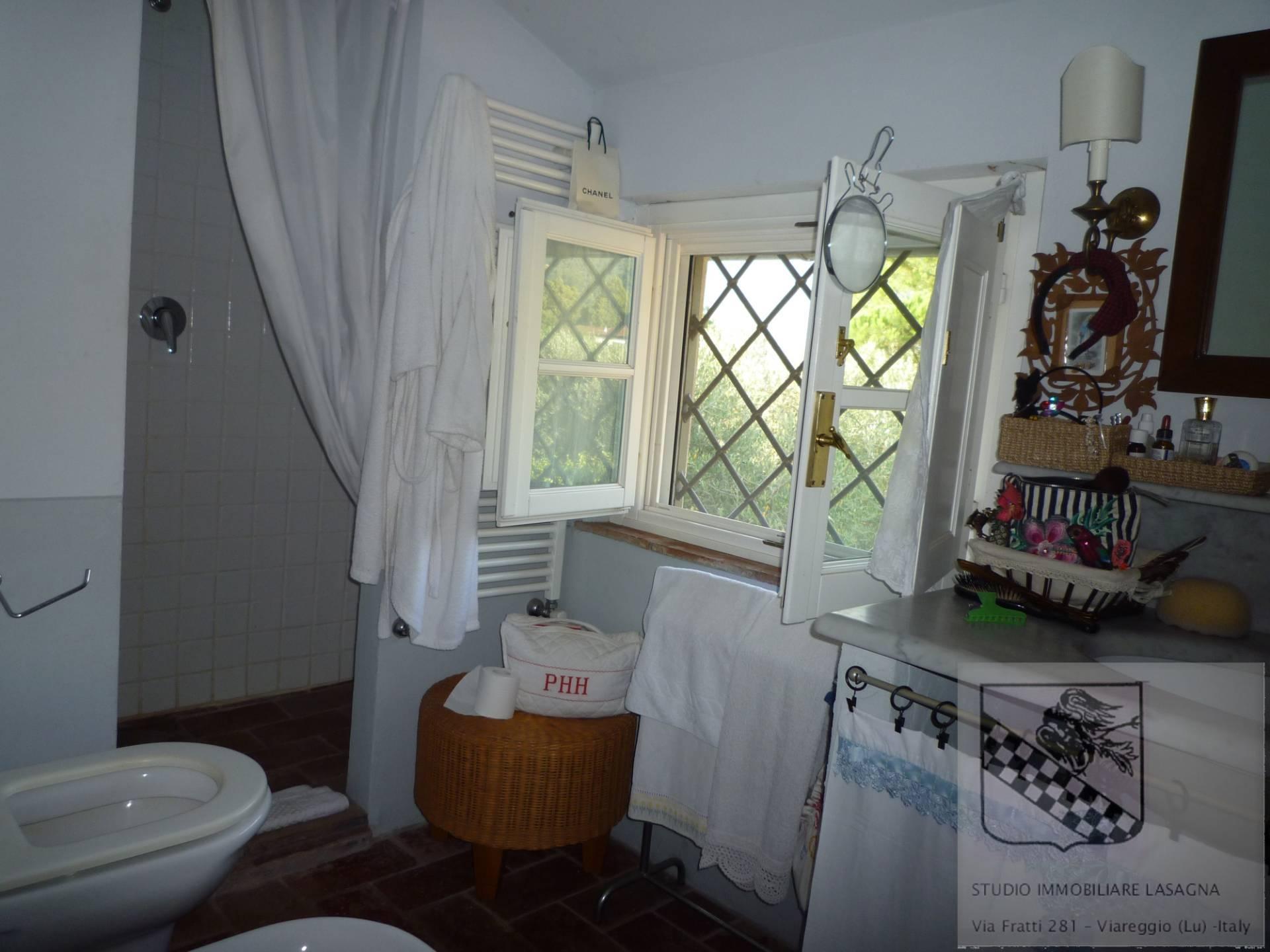 Villa in Vendita a Camaiore: 5 locali, 120 mq - Foto 21