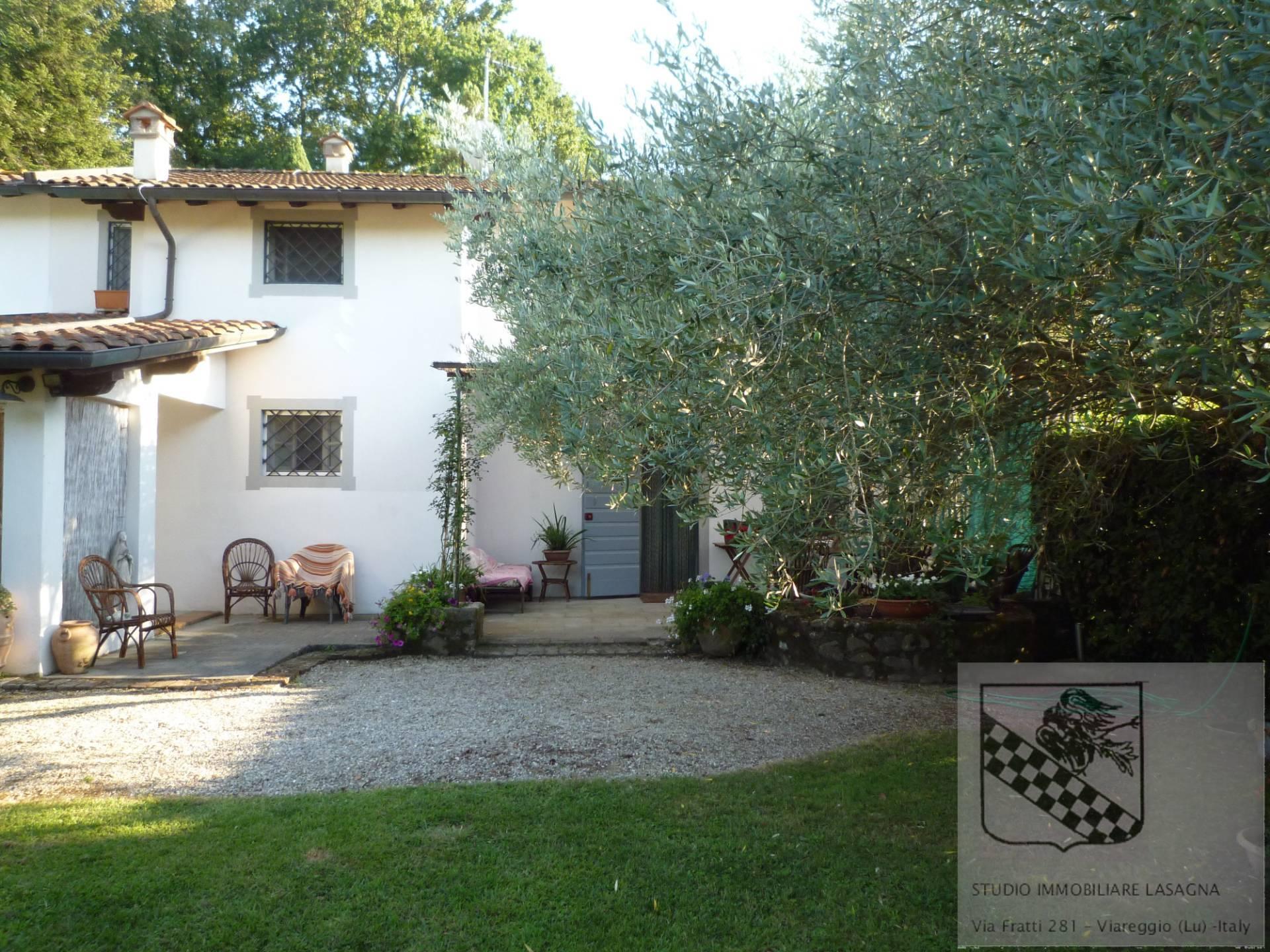 Villa in Vendita a Camaiore: 5 locali, 120 mq - Foto 17