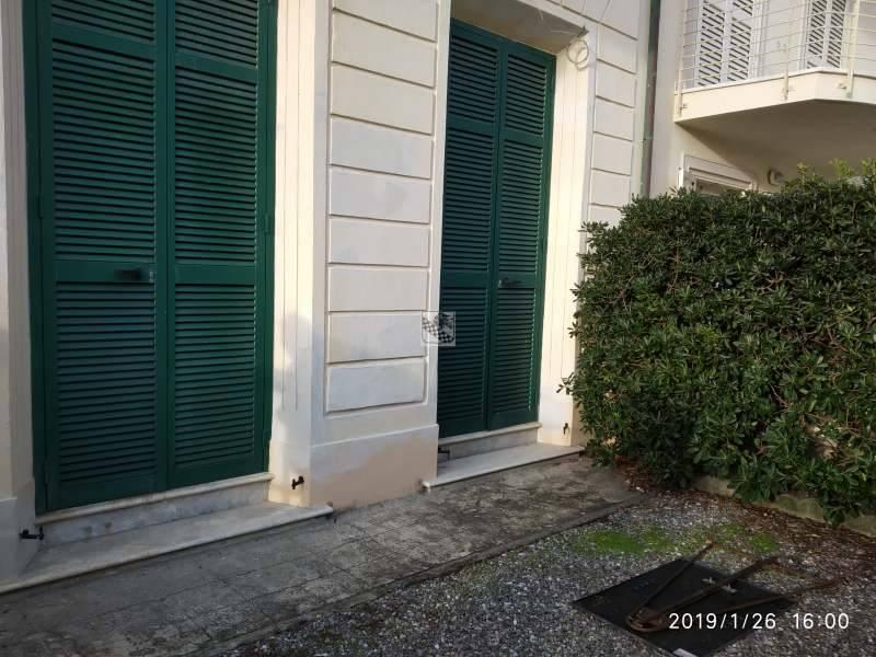Casa indipendente in Vendita a Camaiore via viale pistelli