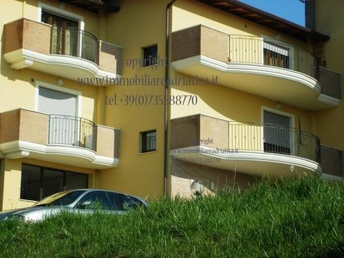 Appartamento vendita MARTINSICURO (TE) - 1 LOCALI - 90 MQ