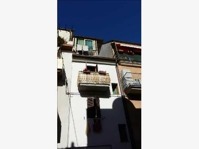 Soluzione Indipendente in vendita a San Benedetto del Tronto, 7 locali, prezzo € 160.000 | Cambio Casa.it