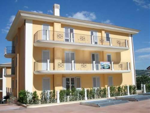 Appartamento in vendita a Castel di Lama, 4 locali, Trattative riservate | Cambio Casa.it
