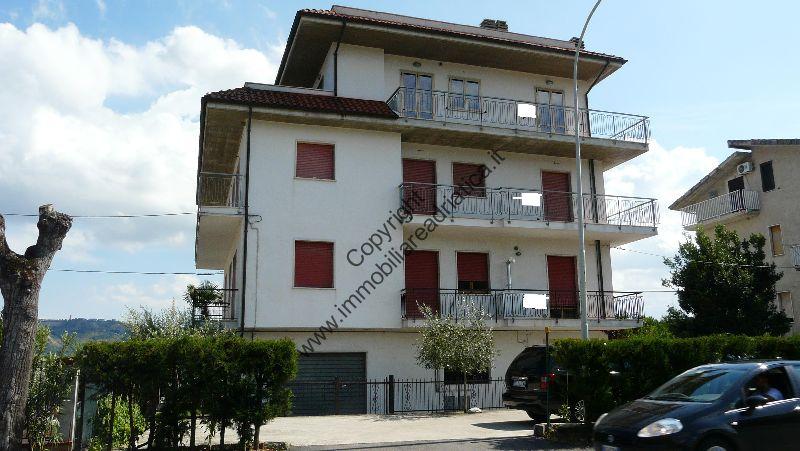 Soluzione Indipendente in vendita a Monsampolo del Tronto, 16 locali, zona Località: StelladiMonsampolo, Trattative riservate | Cambio Casa.it