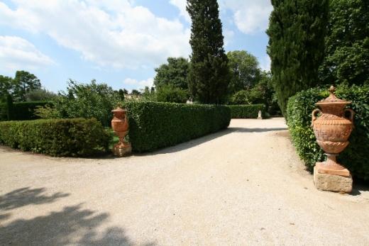 Villa in vendita a San Benedetto del Tronto, 25 locali, prezzo € 8.000.000 | CambioCasa.it