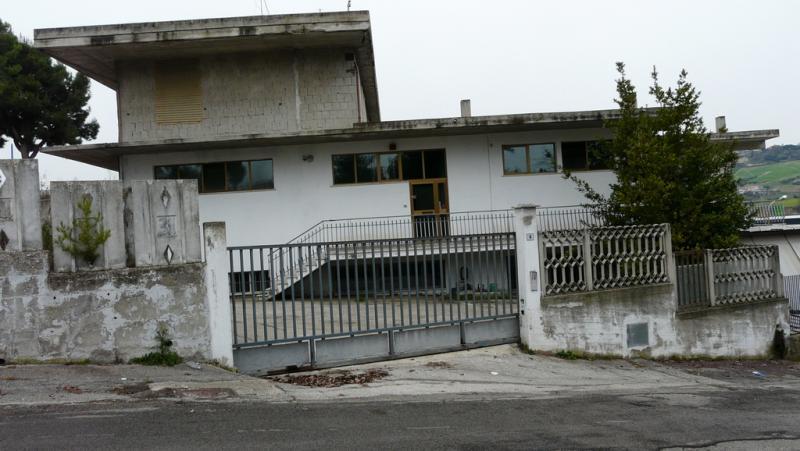 Laboratorio in affitto a Acquaviva Picena, 9999 locali, Trattative riservate | Cambio Casa.it