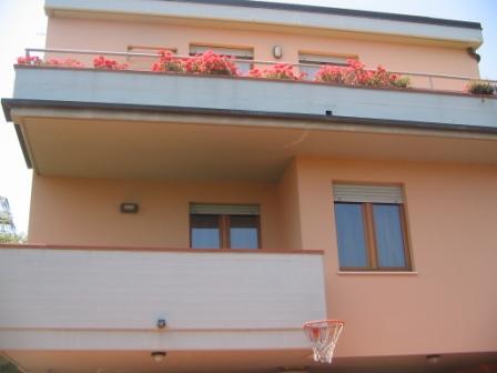 Villa in vendita a Grottammare, 18 locali, prezzo € 900.000 | Cambio Casa.it
