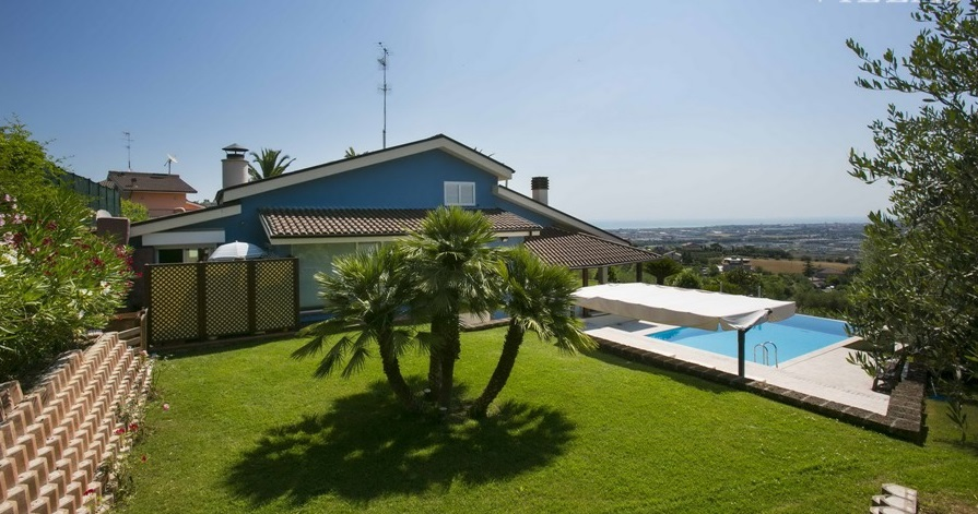 Villa in affitto a Monteprandone, 5 locali, Trattative riservate | CambioCasa.it