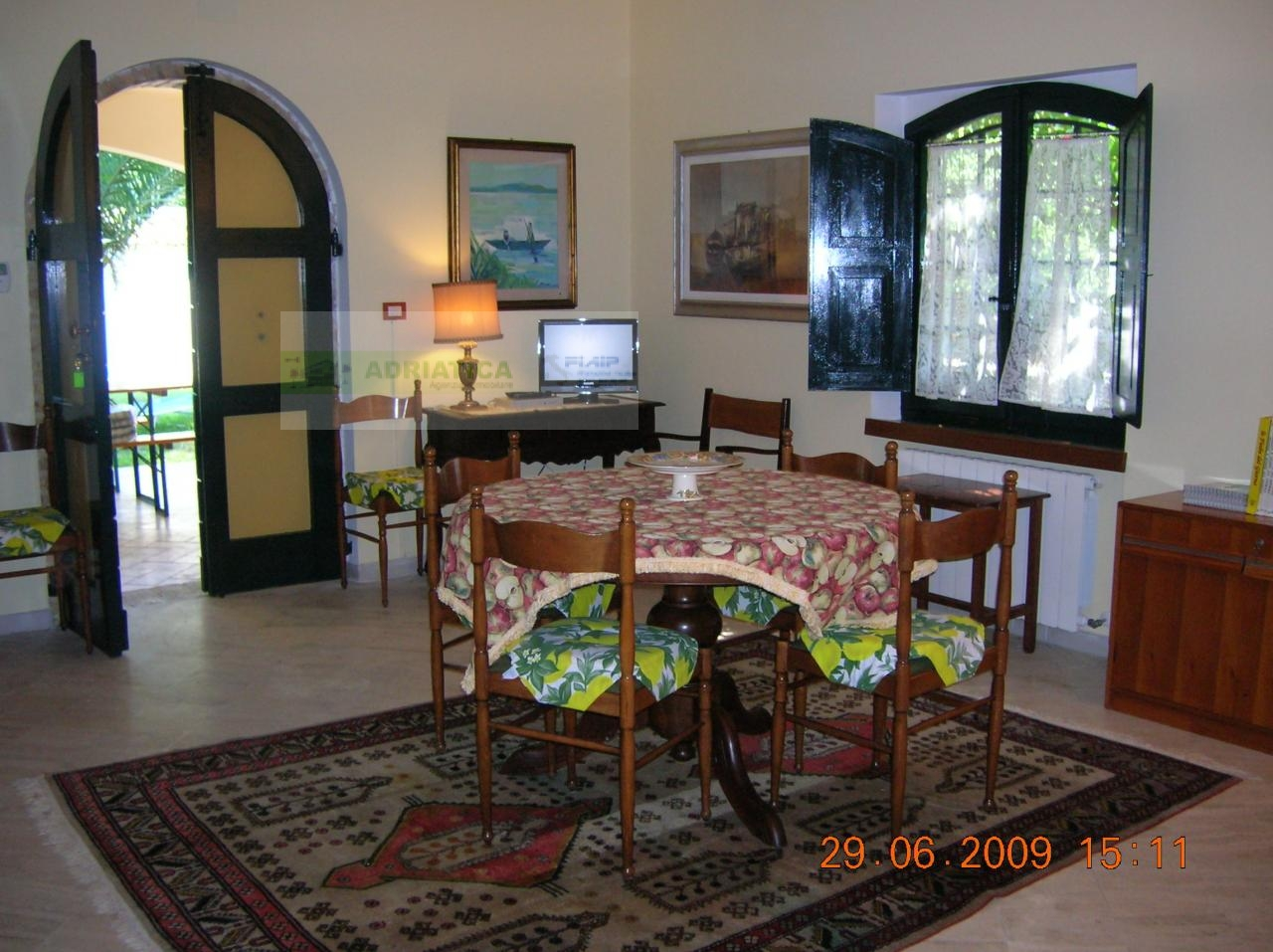 Villa in vendita a Cupra Marittima, 16 locali, Trattative riservate | CambioCasa.it