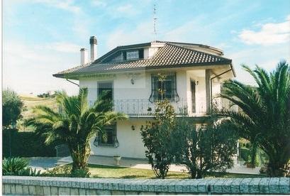Villa in vendita a Monsampolo del Tronto, 10 locali, zona Località: StelladiMonsampolo, prezzo € 750.000 | Cambio Casa.it