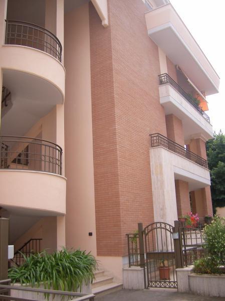 Appartamento in vendita a Latina, 4 locali, zona Località: R3ClinicaS.Marco,Ospedale, prezzo € 285.000 | Cambiocasa.it