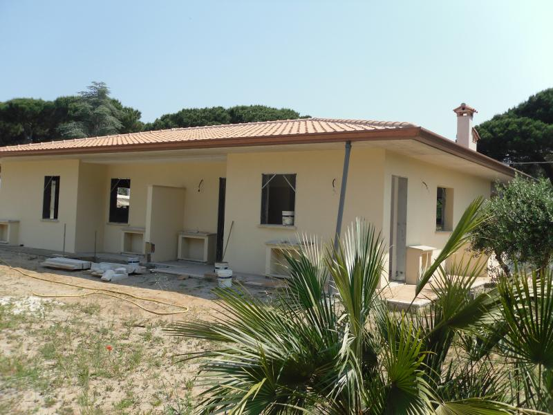 Villa in vendita a San Felice Circeo, 8 locali, prezzo € 480.000 | CambioCasa.it