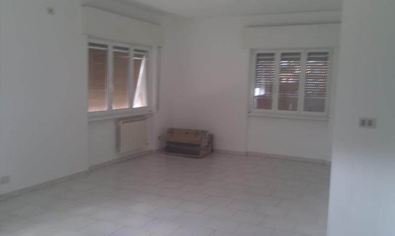 Attico / Mansarda in vendita a Latina, 4 locali, zona Località: R2ZonaPiccarello, prezzo € 200.000 | Cambio Casa.it