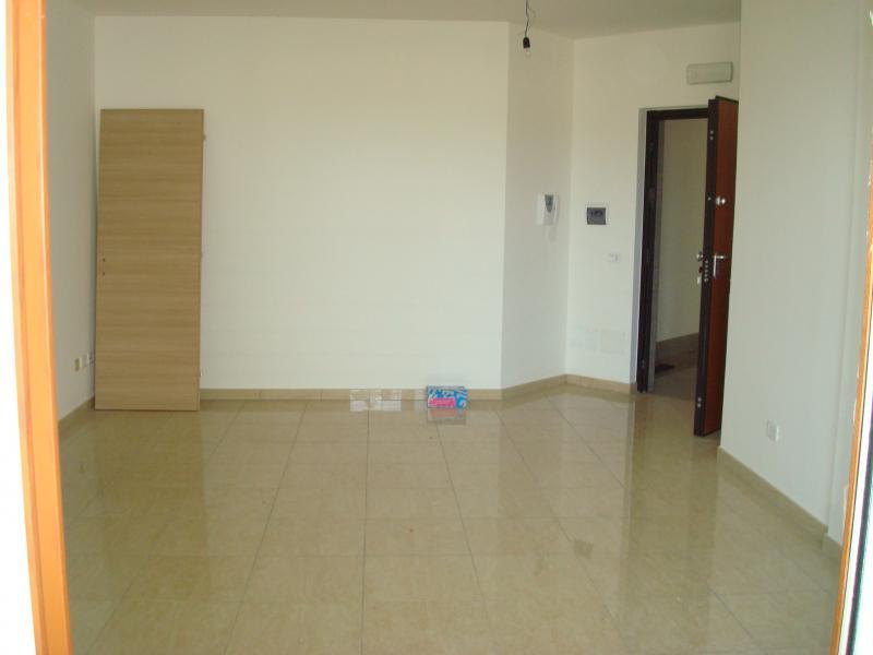 Appartamento in vendita a Latina, 3 locali, zona Località: R10ZonaGionchetto, prezzo € 230.000 | Cambio Casa.it