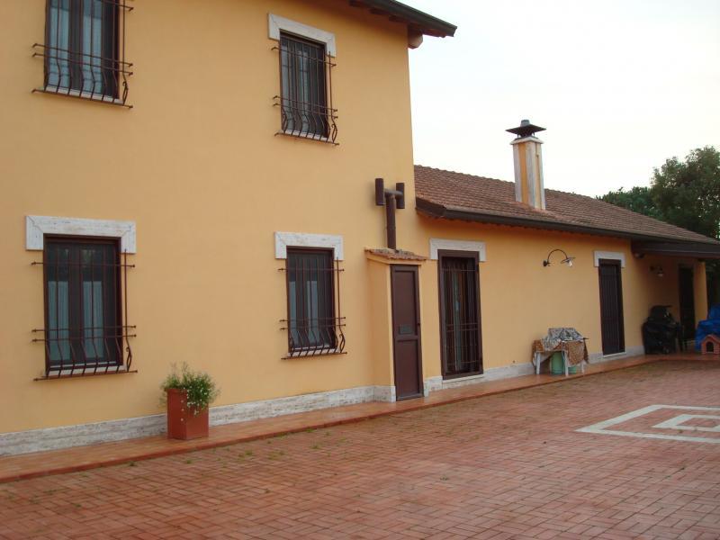 Villa unifamiliare in vendita a Latina
