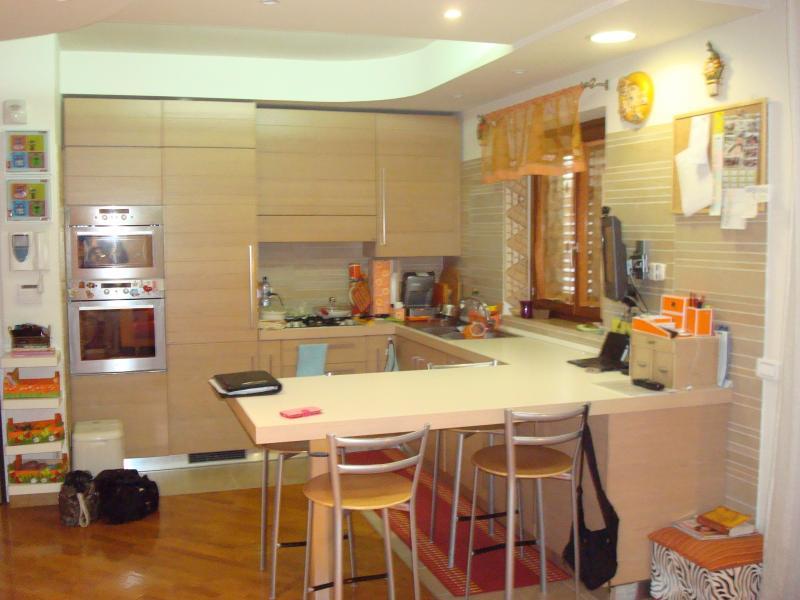 Appartamento in vendita a Latina, 6 locali, zona Località: Q5ZonaNascosa, prezzo € 355.000 | Cambio Casa.it