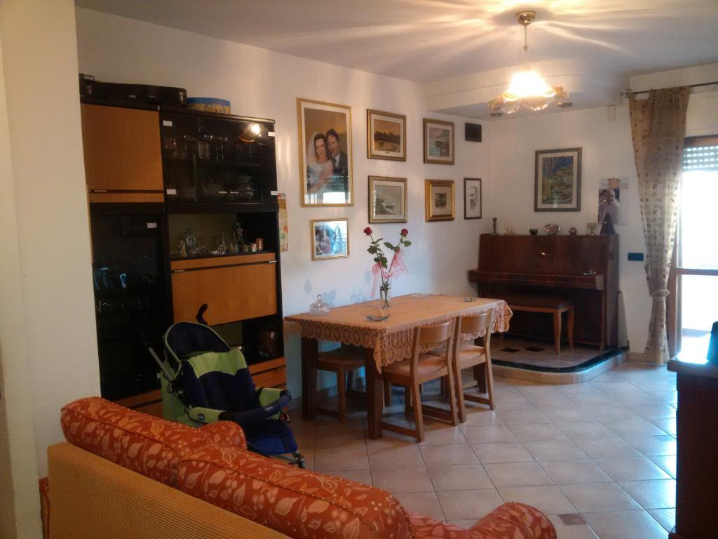 Appartamento in vendita a Latina, 5 locali, zona Località: Q2ZonaCentroAgora, prezzo € 275.000 | Cambiocasa.it