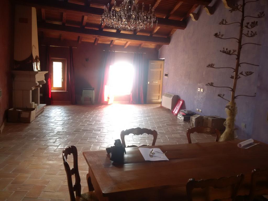 Attico / Mansarda in vendita a Sermoneta, 4 locali, zona Località: CentroStorico, prezzo € 240.000   CambioCasa.it