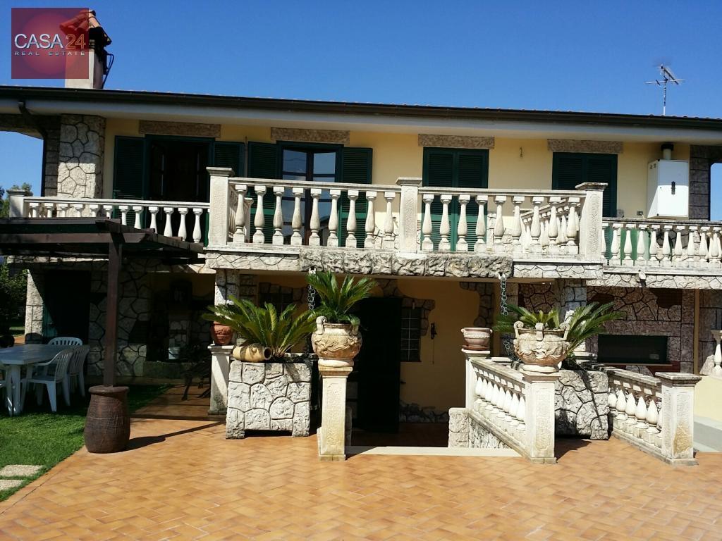 Villa in vendita a Latina, 10 locali, zona Località: BorgoPiave, prezzo € 550.000   CambioCasa.it