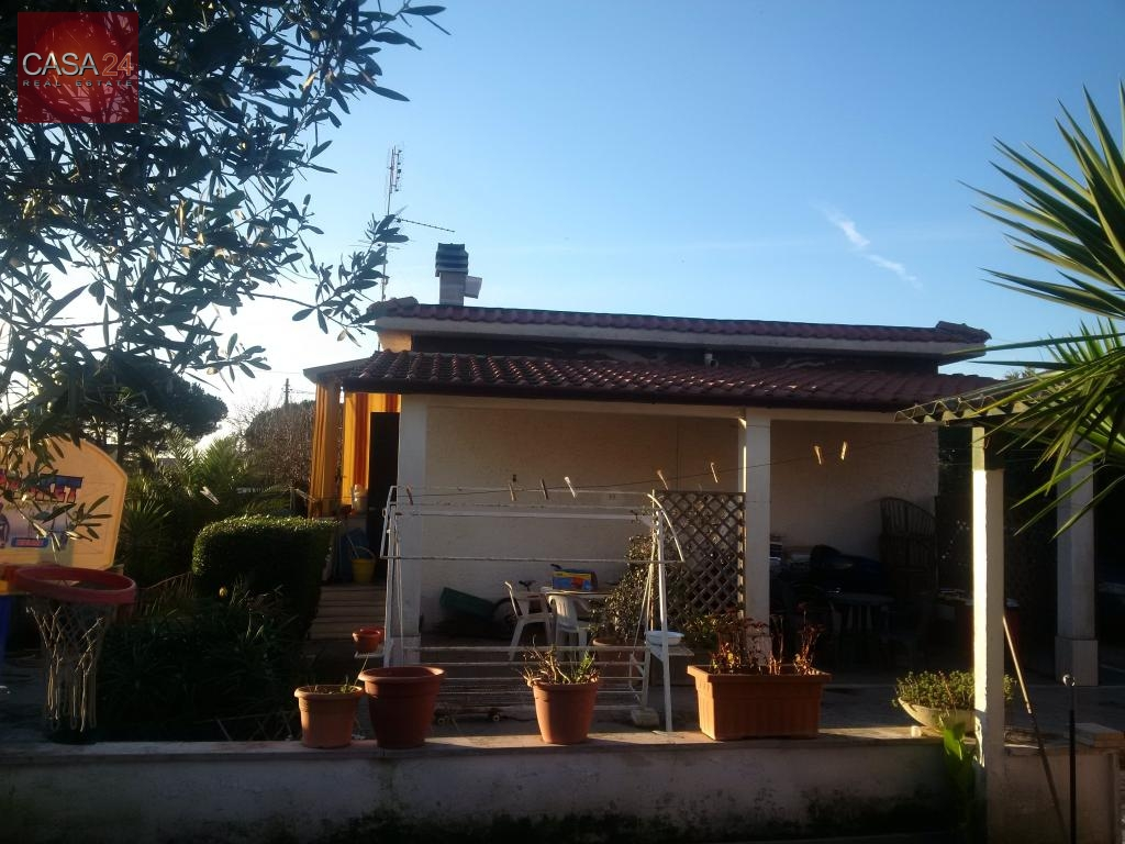 Soluzione Indipendente in vendita a Latina, 4 locali, zona Località: BorgoSabotino, prezzo € 179.000 | Cambio Casa.it