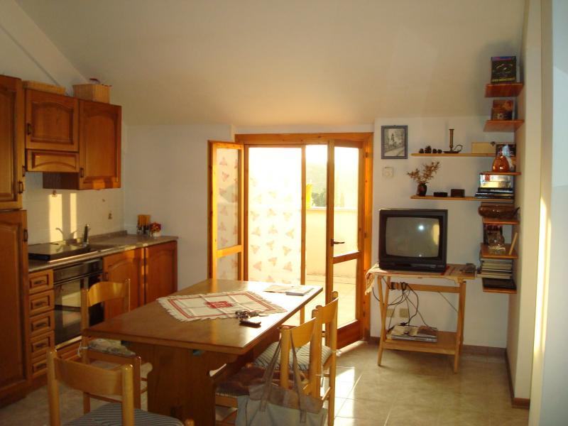 Attico / Mansarda in vendita a Latina, 3 locali, zona Località: Q4NuovaLatina, prezzo € 90.000 | Cambio Casa.it