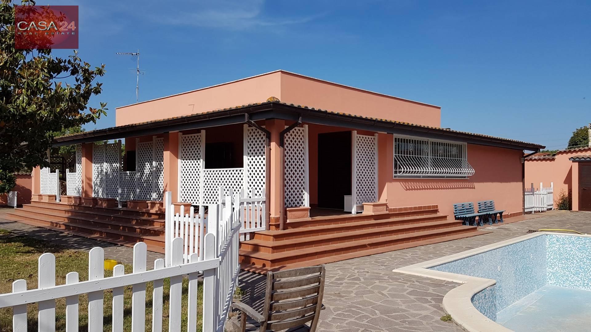 Villa in vendita a Latina, 5 locali, zona Località: BorgoSabotino, prezzo € 270.000 | CambioCasa.it