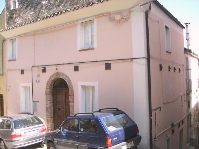Soluzione Semindipendente in vendita a Penne, 5 locali, prezzo € 120.000 | CambioCasa.it