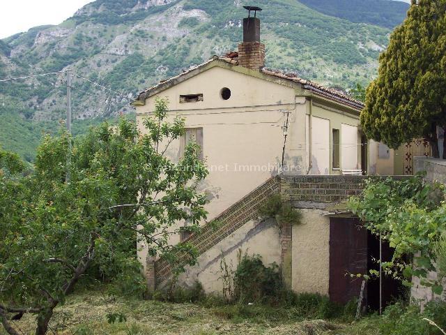 Soluzione Indipendente in vendita a Villa Celiera, 6 locali, prezzo € 80.000 | Cambio Casa.it