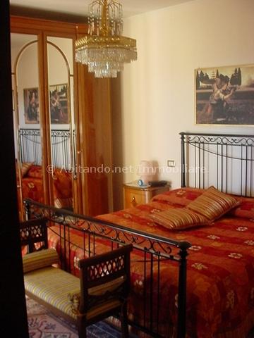 Appartamento in vendita a Penne, 5 locali, prezzo € 160.000 | Cambio Casa.it