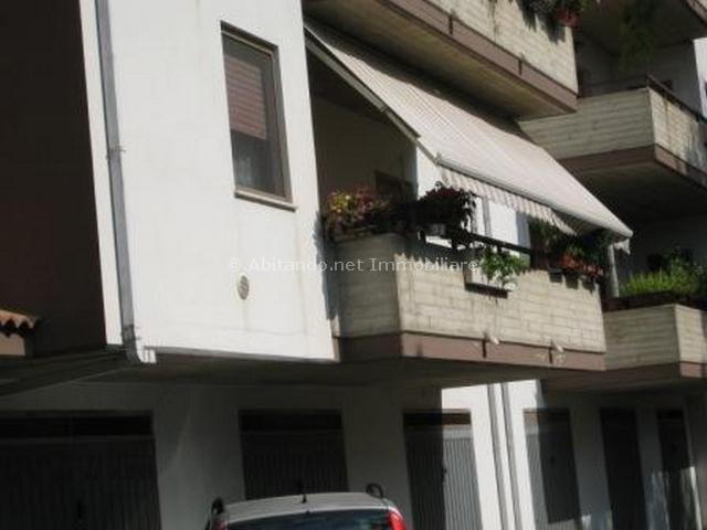 Appartamento in vendita a Penne, 4 locali, prezzo € 125.000 | Cambio Casa.it
