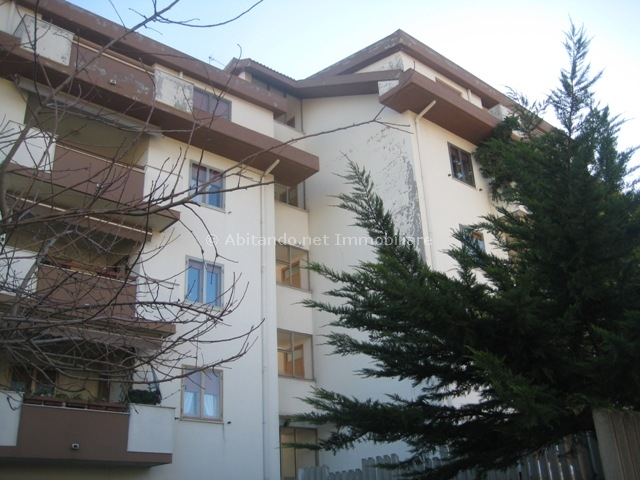 Appartamento in vendita a Penne, 5 locali, prezzo € 95.000 | Cambio Casa.it