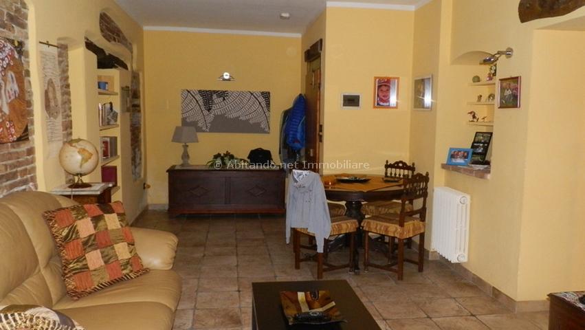 Appartamento in vendita a Penne, 3 locali, zona Località: Centrostorico, prezzo € 58.000 | Cambio Casa.it