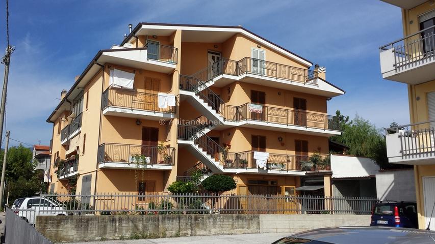 Appartamento in vendita a Penne, 4 locali, prezzo € 69.000 | Cambio Casa.it