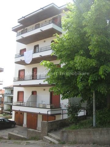 Appartamento in vendita a Penne, 3 locali, prezzo € 44.000 | Cambio Casa.it