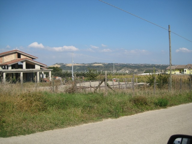 Terreno vendita LORETO APRUTINO (PE) - 7 LOCALI - 722 MQ
