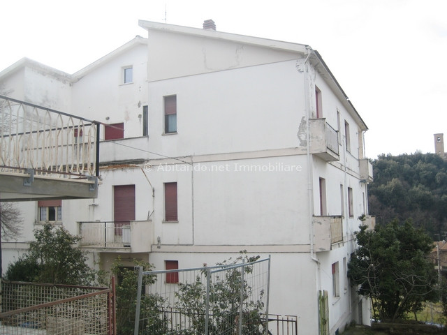 Appartamento in vendita a Penne, 4 locali, prezzo € 60.000 | Cambio Casa.it