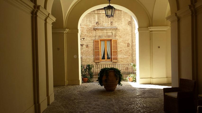 Appartamento in vendita a Penne, 5 locali, prezzo € 80.000 | Cambio Casa.it
