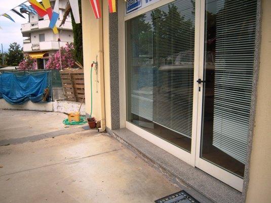 Altro in vendita a San Giovanni Teatino, 9999 locali, prezzo € 250.000   CambioCasa.it