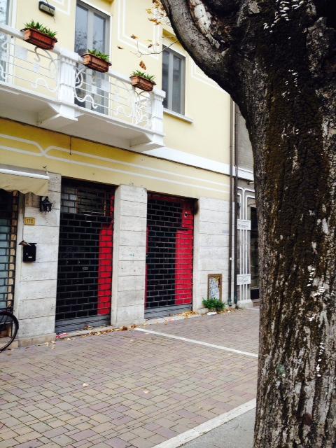 Negozio / Locale in vendita a Pescara, 9999 locali, prezzo € 275.000 | Cambio Casa.it