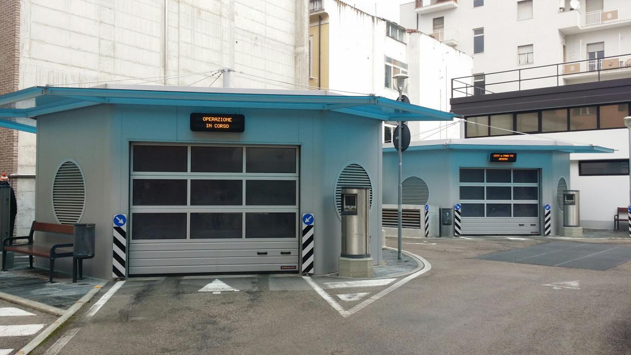 Box / Garage in vendita a Pescara, 1 locali, zona Zona: Centro, prezzo € 25.000   CambioCasa.it