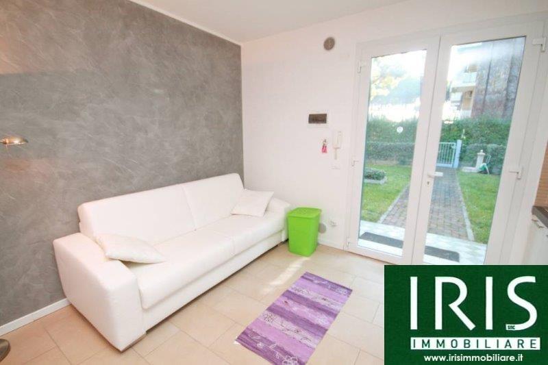 Appartamento in vendita a Jesolo, 3 locali, zona Località: Pineta, prezzo € 250.000 | Cambio Casa.it