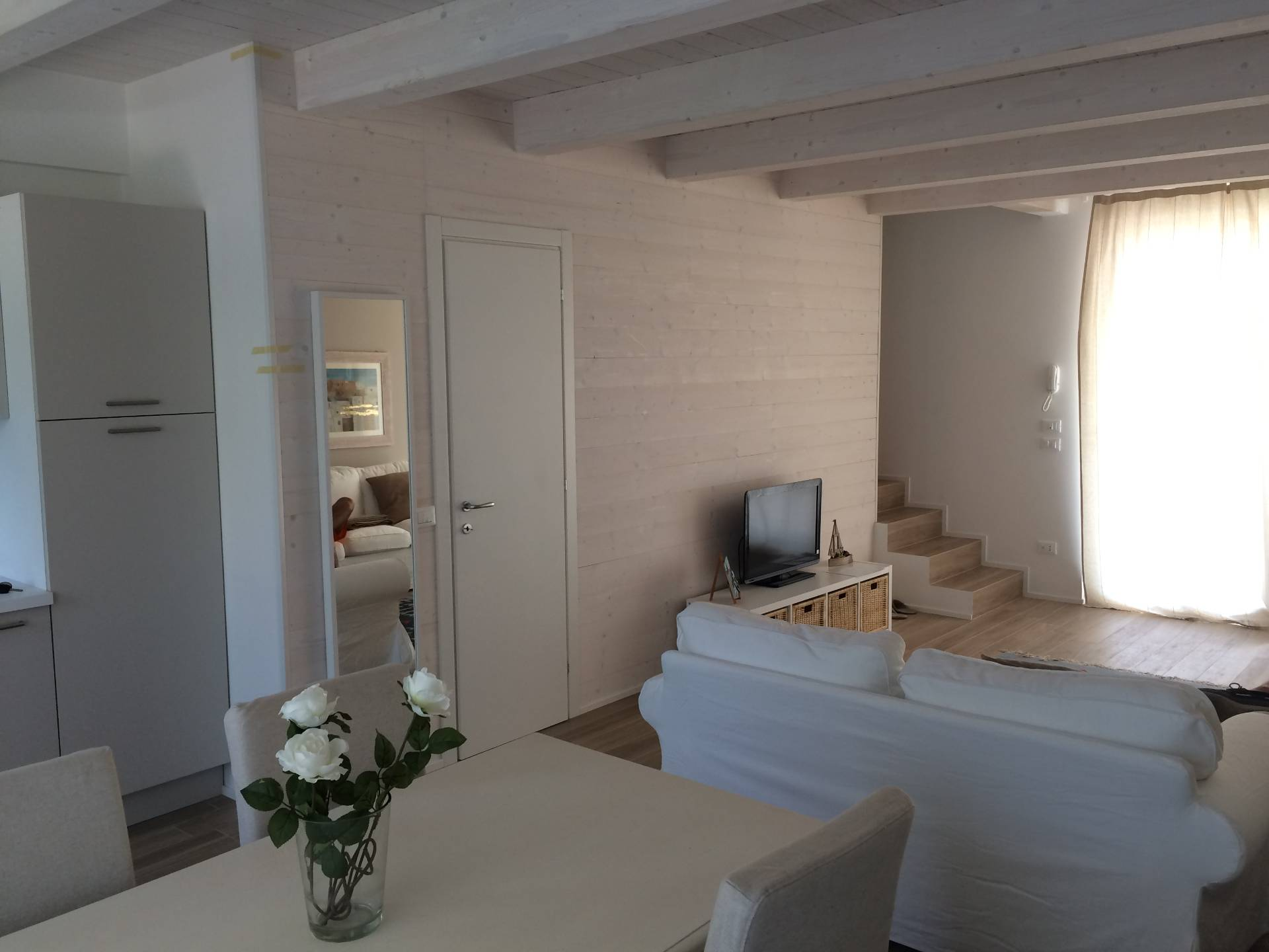 Appartamento in vendita a Jesolo, 5 locali, zona Località: PiazzaMarina, prezzo € 240.000 | Cambio Casa.it