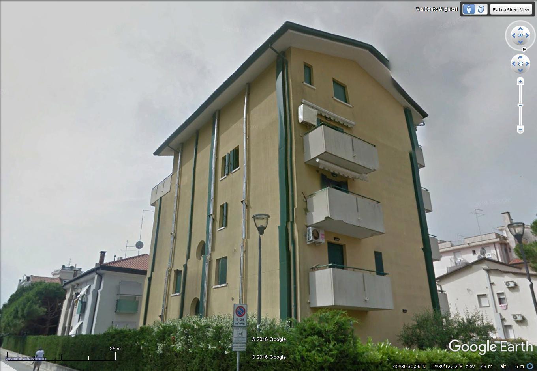 Appartamento in vendita a Jesolo, 3 locali, zona Località: PiazzaManzoni, prezzo € 110.000 | Cambio Casa.it