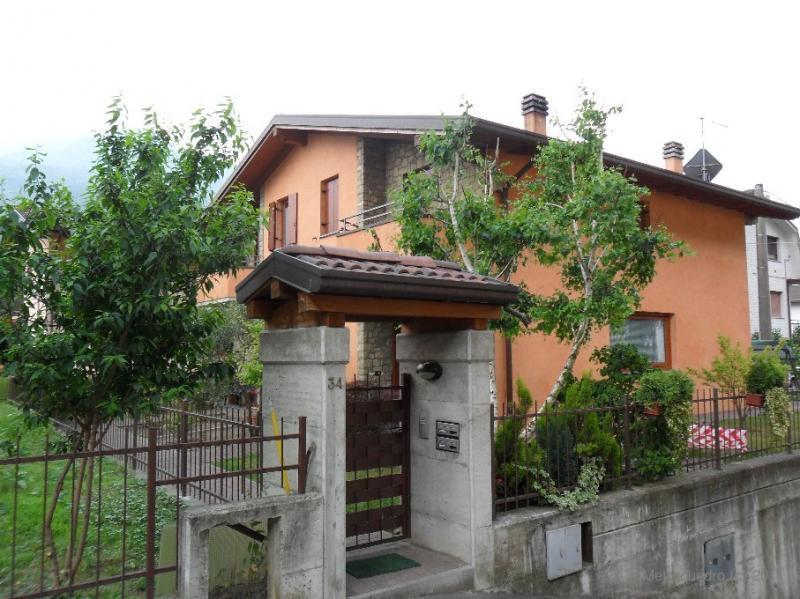 Villa in vendita a Piancogno, 4 locali, prezzo € 250.000 | Cambio Casa.it