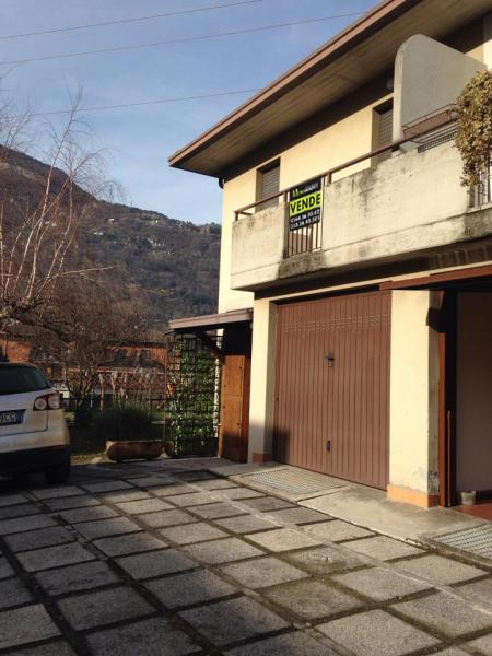 Villa a Schiera in vendita a Esine, 7 locali, prezzo € 150.000 | Cambio Casa.it
