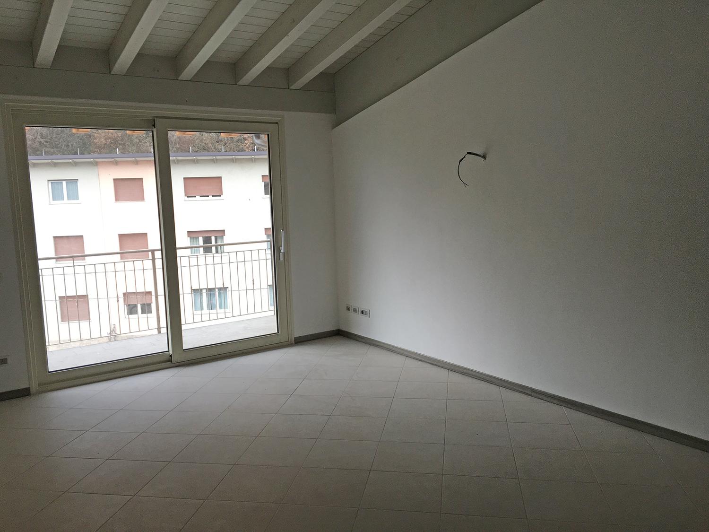 Appartamento in affitto a Piancogno, 5 locali, prezzo € 150.000 | Cambio Casa.it