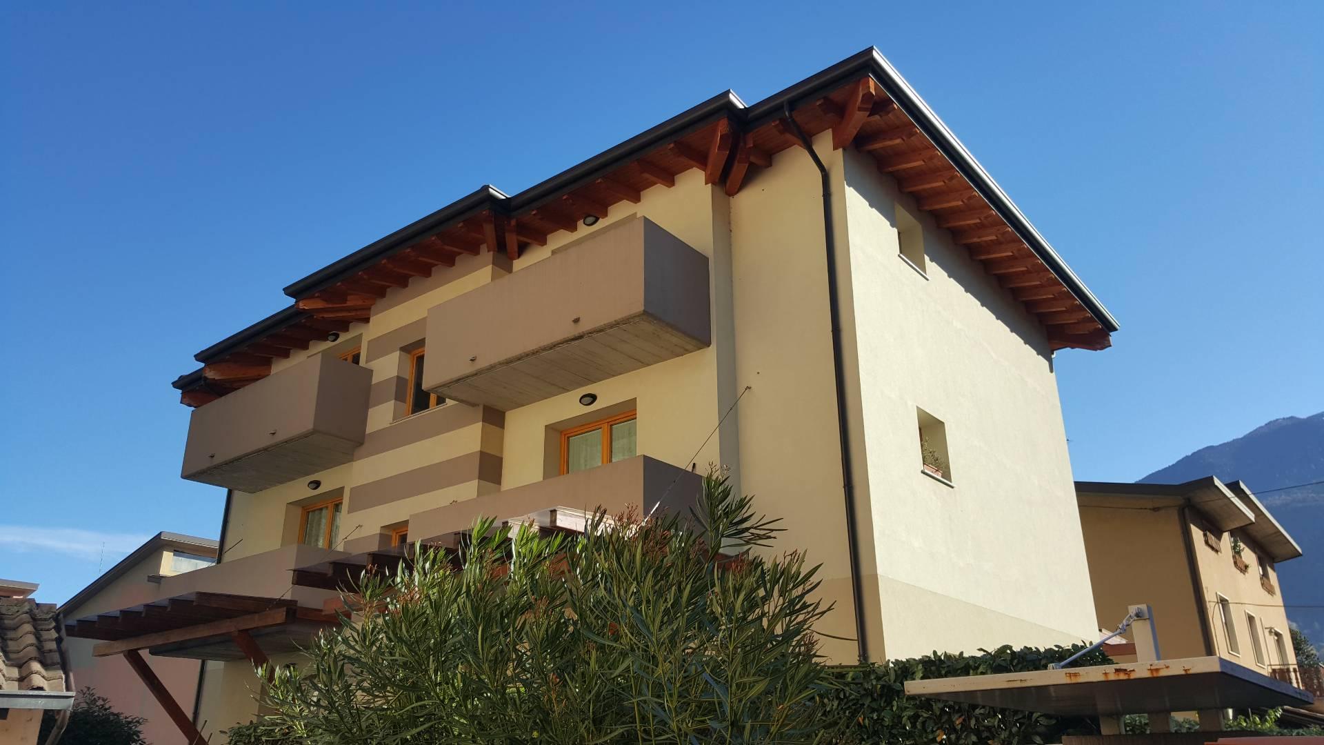 Appartamento in vendita a Piancogno, 5 locali, prezzo € 88.000 | Cambio Casa.it