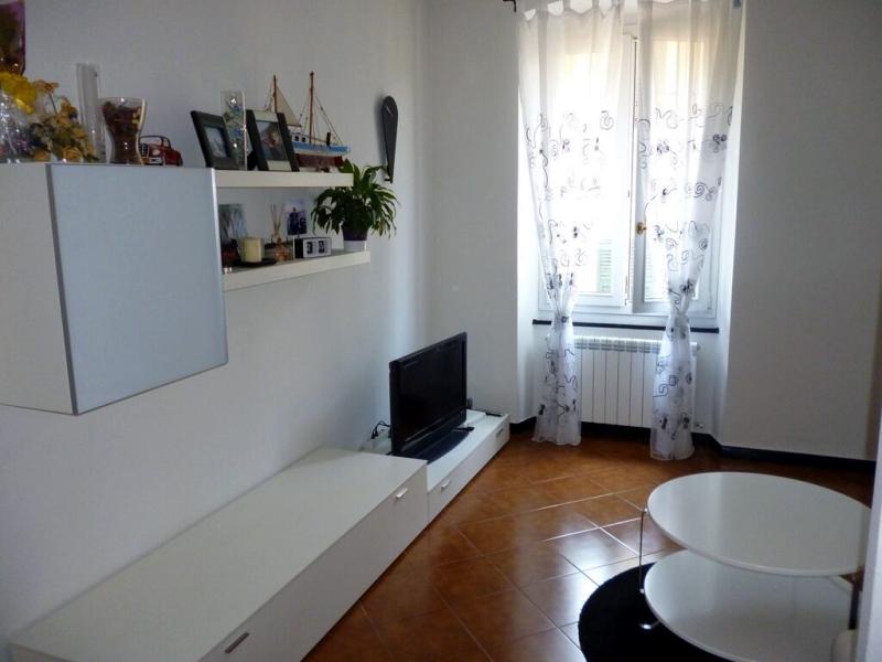 Appartamento in vendita a Chiavari, 7 locali, zona Località: Centro, prezzo € 330.000 | Cambio Casa.it