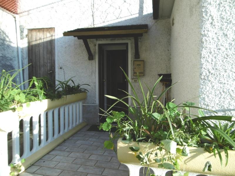 Appartamento in affitto a San Colombano Certenoli, 4 locali, zona Zona: Bavaggi, prezzo € 400 | Cambio Casa.it